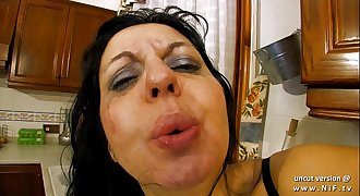 Horny french mummy sodomized and double plugged with vegetables in the kitchen