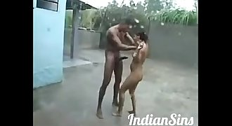 Youthful Desi Couple in PUBLIC Humid in RAIN [PRO-HD]- IndianSins